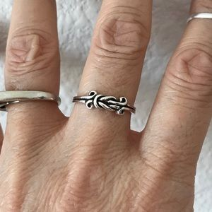 Jewelry - Sterling Silver Celtic Knot Ring
